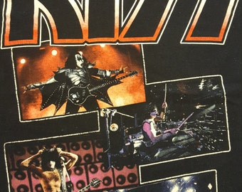 KISS Vintage Style Concert Tshirt size S