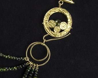 Clasp for multi-threaded gold necklace. Single piece