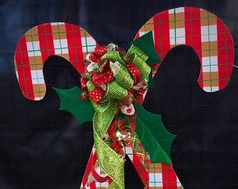 Candy cane door hangers, christmas door hangers, christmas wreaths