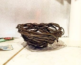 Steel birds nest bowl
