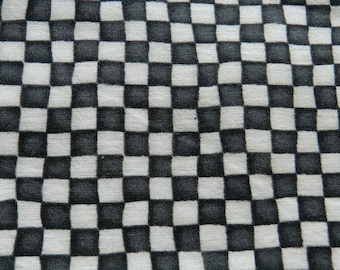 black/ white checker fat quarter