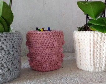 Crochet flower pots 14 high slide 12 cm