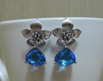 BE001 : Capri blue Flower Dangle Earring