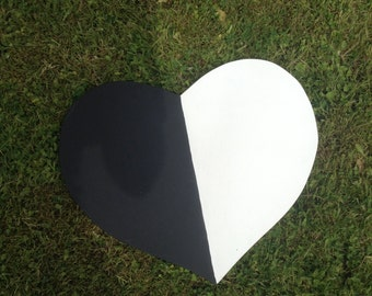 Double sided heart wall decoration