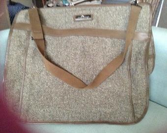Brand new Jordache Brown Tweed Garment Bag