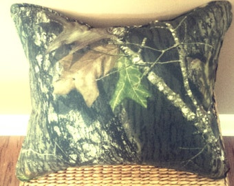 Camouflage - Comfort Throw Pillow