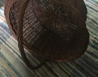 Sturdy garden basket