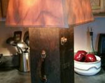 Vintage toolbox lamp