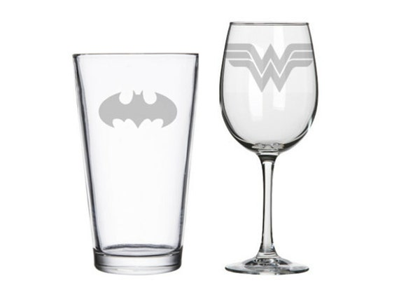 Batman and Wonder Woman his and hers glasses, Super heroes, geeky nerdy wedding gifts, pint or wine glass, comic books, Valentines Day Gift