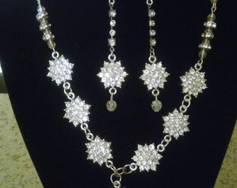 Rhinestone and crystal necklace and earring set