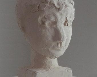 Girl head Stoneware 16x10 cm