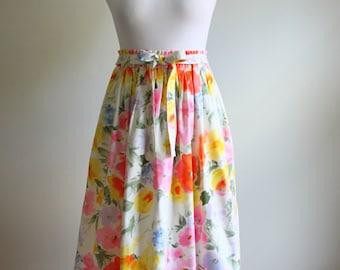 1980s Floral Midi Skirt // Vintage Midi Skirt