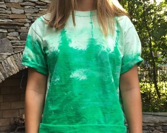 green tie dye cropped tee (size small)