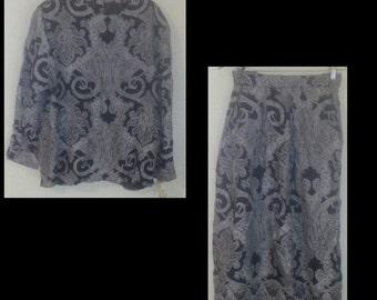 Vtg womens Jones new york skirt and blouse