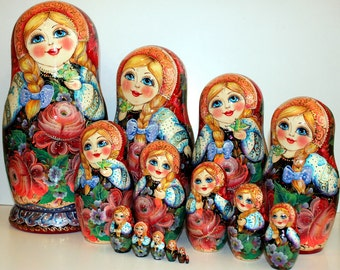 """Matryoshka """"in the colors of"""" 15 places"""