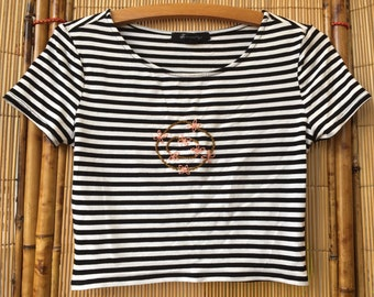 Sale! Hand embroidered flower circle striped crop tee