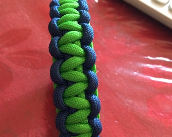 Blue and Green 550 Paracord Bracelet