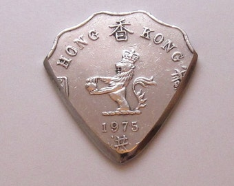 Coin Guitar Pick - Hong Kong 2 Dollar
