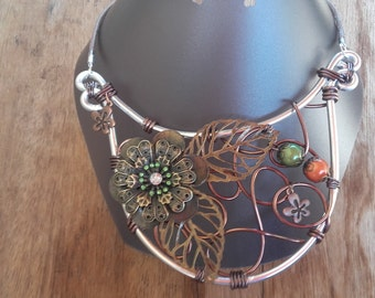 Necklace flower in Brown, green and bronze breastplate