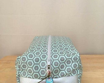 Make-up bag mint/silver