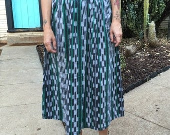 Cute vintage mid-length skirt
