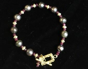 Elegant Ruby and Peacock Freshwater Pearl Bracelet