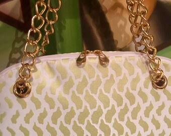 Paolaplentybags chain bag