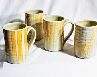 Set of 4 striped mugs