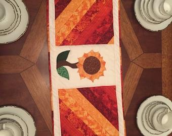 Fall table runner- sunflower