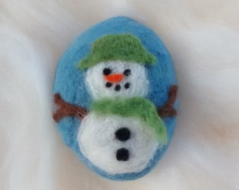 Snowman felted pebble