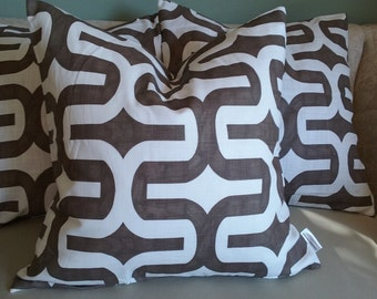 Brown pillow cover, brown pillow, brown and white, pillow cover, accent pillow, decorative pillow, home decor