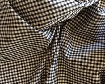 High quality Gingham polycotton poplin. Black no20