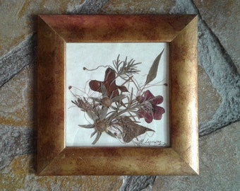SALES !! Dried Flower Arrangement, Pressed Flowers, Home Decor, Vintage Decor, Office Decor, Handmade, Frame,Indie, Wall Decor,Boho Decor