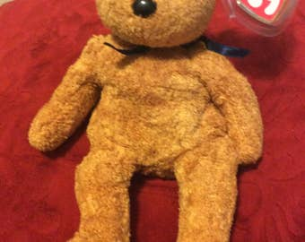 """Retired RARE Mint condition Ty """"Fuzz"""" bear beanie baby"""