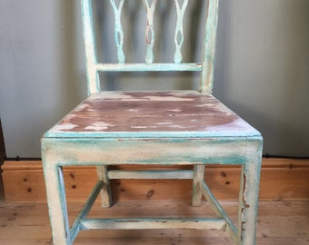Distressed Rustic Single Chair