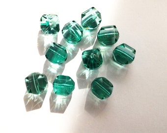 Green faceted beads 12 mm-10 pieces-polygonal cubic