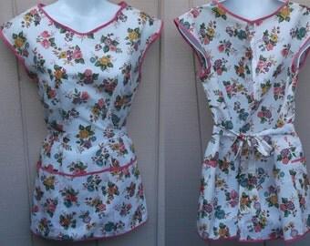 Vintage 50s Floral Smock Apron / Rockabilly Tie-Back House coat Full apron