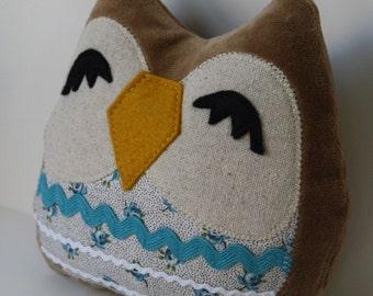 Stuffed Owl -Lila the Owlet pillow- owl pillow,owl toy,owl plush,stuffed owl toy,throw pillow,owl cuddly toy,owl stuffed,nursery decor