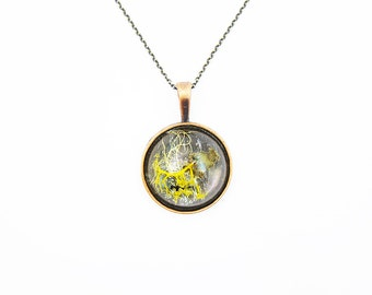 Large Dome Terrarium Necklace • Botanical Jewelry • Science Jewelry • Resin Jewelry • Resin Moss Jewelry • Terrarium Plant Jewelry
