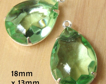 Peridot Green Vintage Glass Beads, Silver Plated Brass Settings, 18mm x 13mm, Pear or Teardrop, Glass Gems, Rhinestone, Cabochon, One Pair