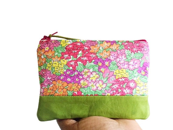 Floral Garden Green Leather Pouch, Coin Purse, Small Wallet, Change Purse, Coin Wallet