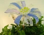 Glass Flower Garden Stake in Sky Blue, Light Turquoise & White