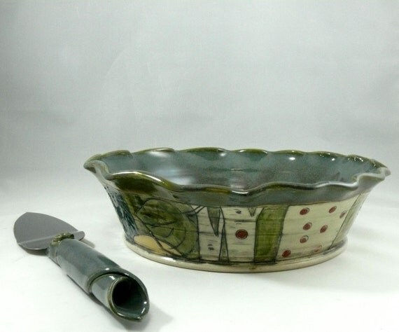 Pie Baking Pan - Green Pie dish - Pie Plate - Ceramic Bakeware - Pie Baker - Quiche or Cake Plate - Baking Dish -  Owl and Horse