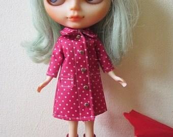 Polka dot rain coat for Blythe