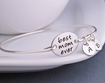 Christmas Jewelry Gift,Christmas Gift for Mom, Custom Engraved Silver Bangle Bracelet, Bracelet with Kids Initials