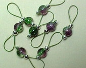 Purple And Green Crackle Glass Stitch Markers - US 10 - Item No. 542