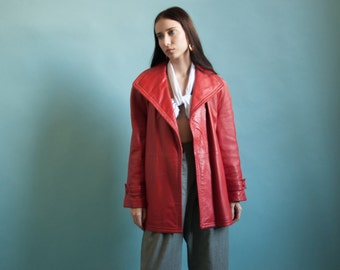 tomato red leather belted jacket / 70s leather jacket / leather mini coat / s / m / 806o / R5