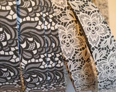 "3/4"" Weaving Star Paper~ Black Lace & White Lace Roses (50 strips)"
