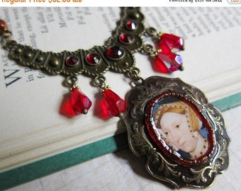 Sale - Tudor Ladies - Jane Seymour - Medallion Necklace with Red Crystal and Garnet - Renaissance, Henry VIII