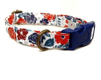 The Soho - White Red Blue Sophisticated Floral Organic Cotton CAT Collar Breakaway Safety - All Antique Brass Hardware